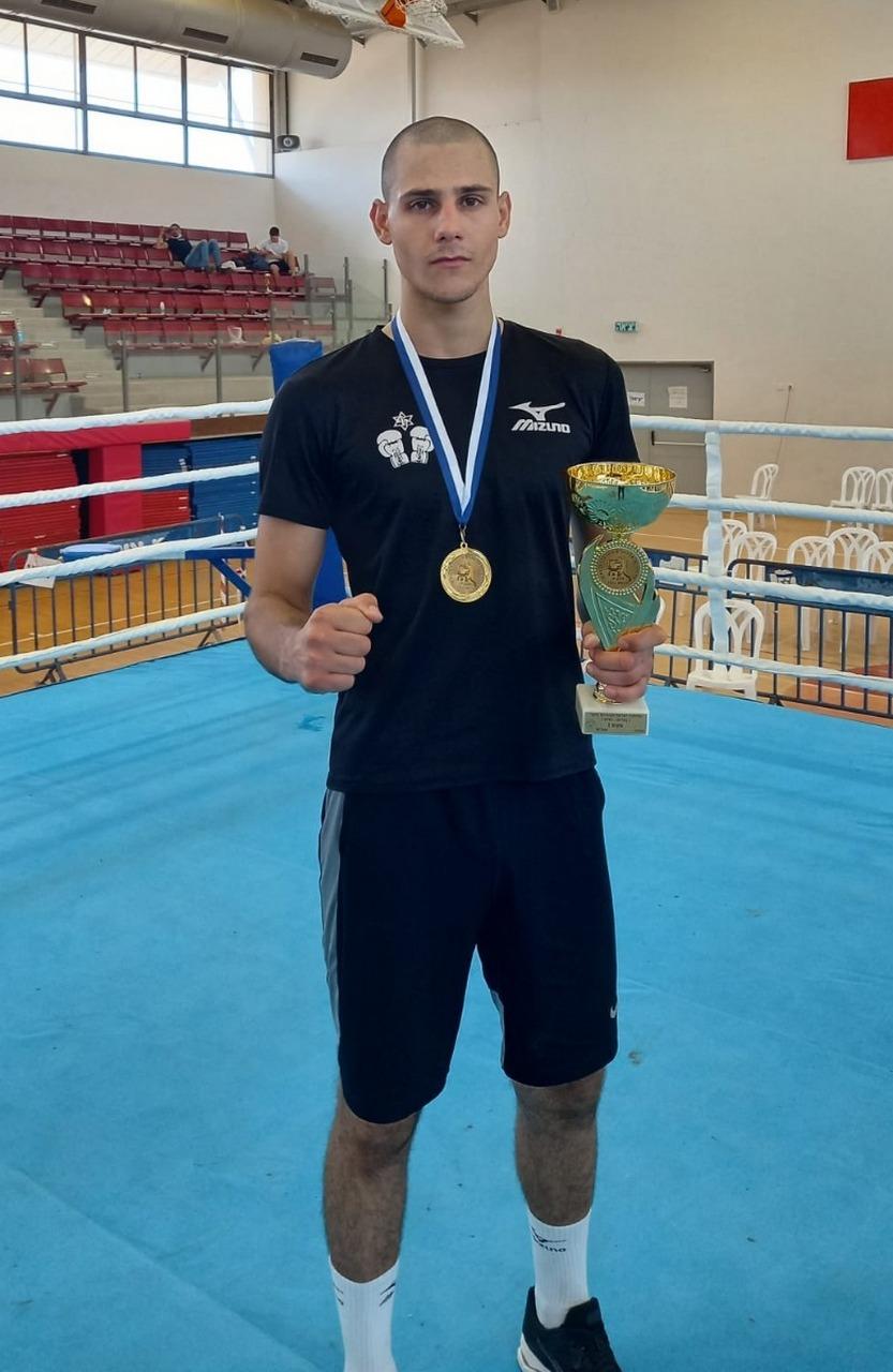 כבוד ללוד, דניאל איליושונוק - אלוף ישראל באגרוף במשקל 75 ק (1)